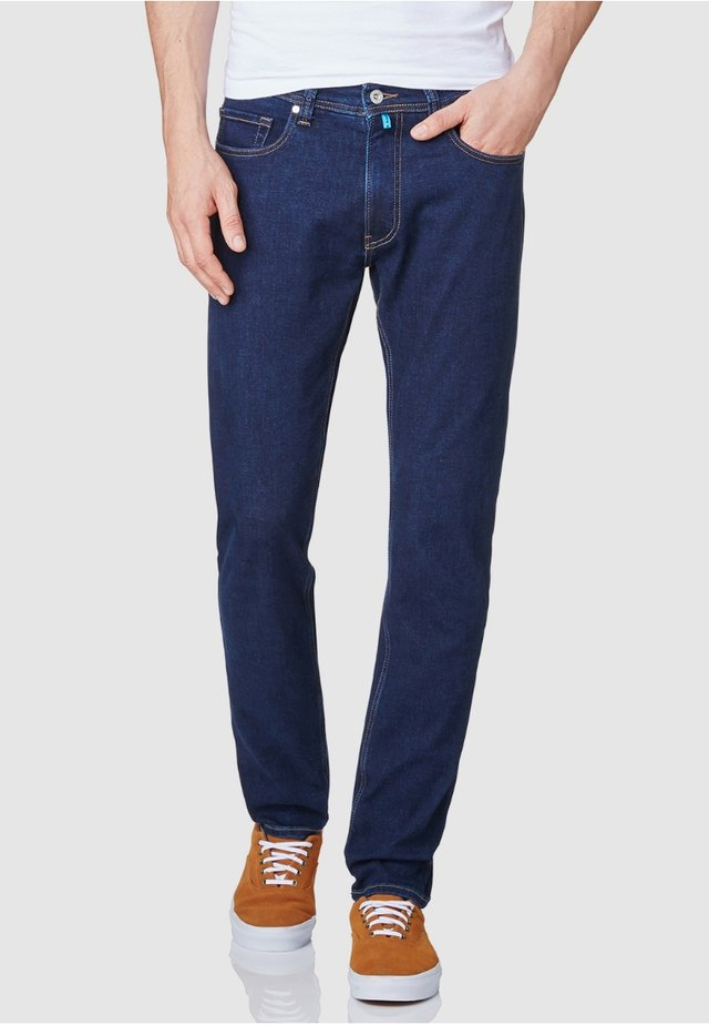FLEX - Straight leg jeans - rinsed denim