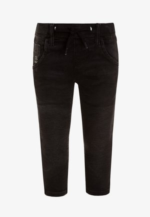 NKMROBIN PANT - Džíny Slim Fit - black denim
