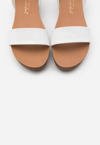 New Look - GENIUS - Sandalias con plataforma - white - 5