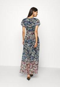 Desigual - VEST MOSCÚ - Maxi dress - crudo - 2