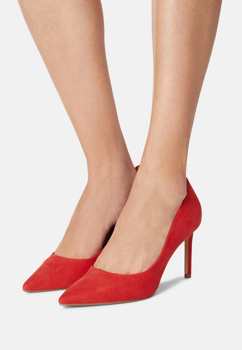 Dorothy Perkins Wide Fit - DASH STILETTO COURT - Tacones - red