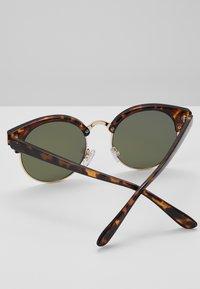Vans - RAYS FOR DAZE  - Sunglasses - brown - 2