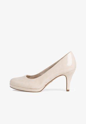 Classic heels - cream patent