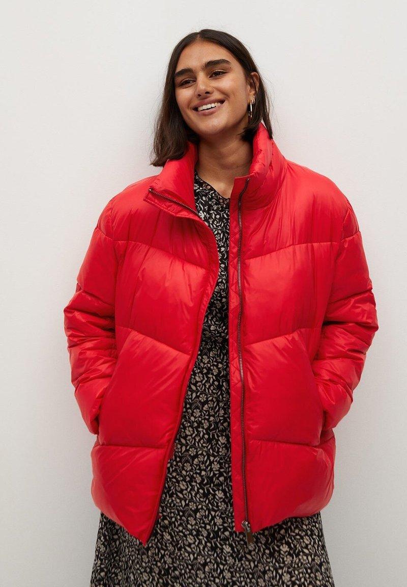 Violeta by Mango - BOOM - Winter jacket - rot