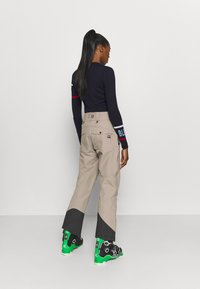 State of Elevenate - WOMENS BACKSIDE PANTS - Pantaloni da neve - tan - 2
