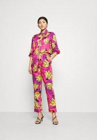 Farm Rio - TIE DYE BANANAS PAJAMA - Button-down blouse - multi - 1