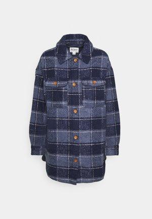 MAKE IT HAPPEN - Short coat - mood indigo