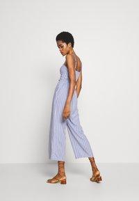 Abercrombie & Fitch - TIE FRONT - Jumpsuit - blue/white - 2