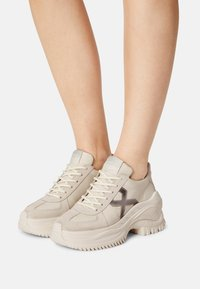 Bronx - CHAINY - Trainers - off white - 0