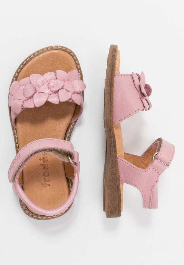 LORE FLOWERS MEDIUM FIT - Sandalias - pink