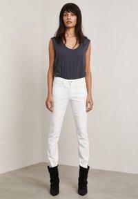 Hunkydory - Slim fit jeans - frosty chalk - 1