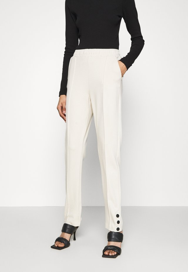 ROMA SNAP PANTS - Broek - cream