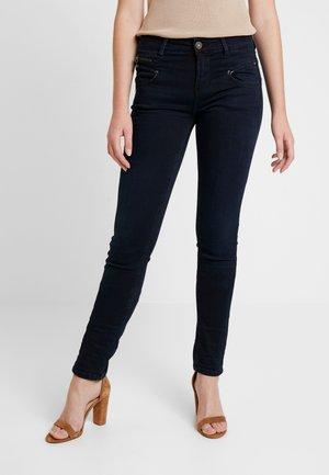 ALEXA HIGH WAIST - Jeans slim fit - shadow