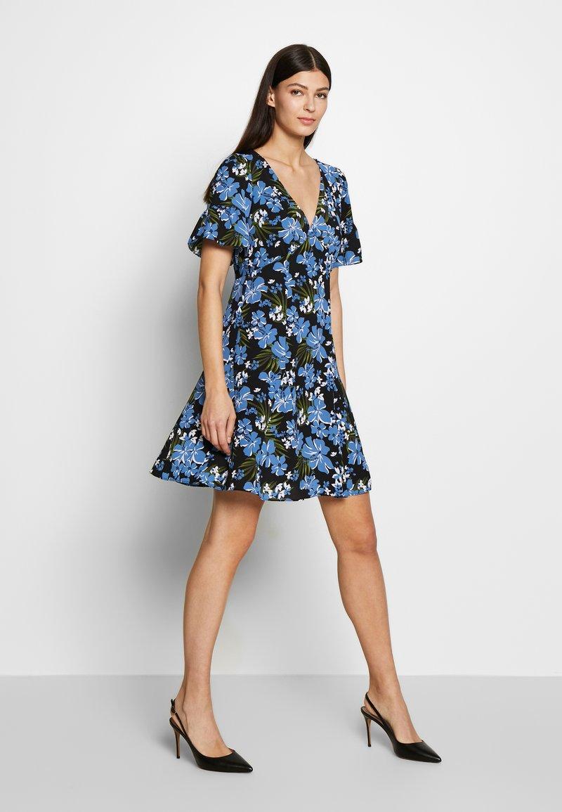 MICHAEL Michael Kors - BOLD FLARE DRESS - Day dress - black/ vintage blue