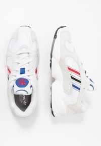 adidas Originals - YUNG-1 - Sneakersy niskie - crystel white/silver metallic/core black - 1