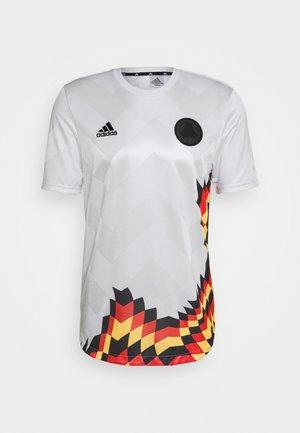 TAN - T-shirt con stampa - white