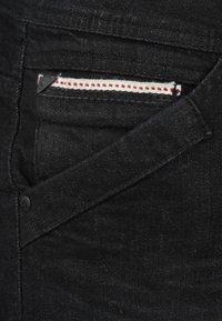 INDICODE JEANS - ALESSIO - Denim shorts - black - 2