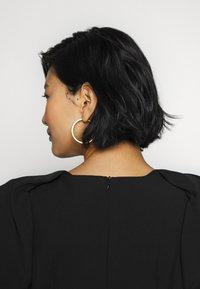 Jarlo - MAPLE TWINSET - Společenské šaty - black - 5