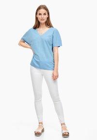 s.Oliver - Basic T-shirt - light blue - 1