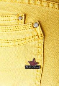 Buena Vista - Slim fit jeans - ocker gelb - 2
