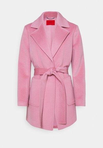 SRUN - Pitkä takki - pink