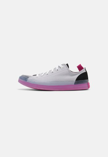 CHUCK TAYLOR ALL STAR COLORBLOCKED UNISEX - Trainers - grave/black/hyper magenta