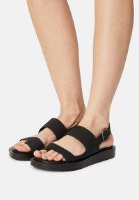 Who What Wear - ASHLEY - T-bar sandals - black - 0