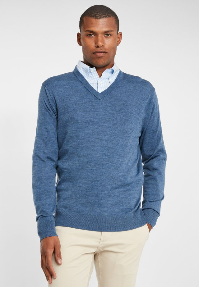 EASY CARE MERINO SWEATER V-NECK DENIM HTHR - Jumper - blue