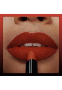 Maybelline New York - COLOR SENSATIONAL ULTIMATTE - Lipstick - more rust - 2