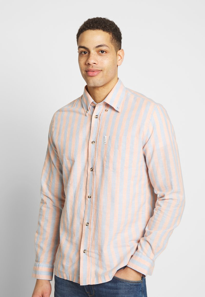 Ben Sherman - CANDY STRIPE SHIRT - Skjorte - peach