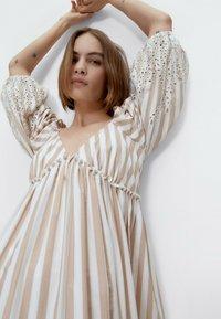 Uterqüe - Maxi dress - multi coloured - 3