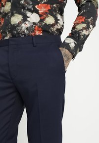 Twisted Tailor - HEMINGWAY SUIT - Completo - navy - 8