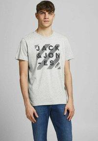Jack & Jones - 5 PACK - T-shirt z nadrukiem - white - 2