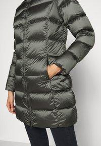 Colmar Originals - Down coat - matcha/dark steel - 4