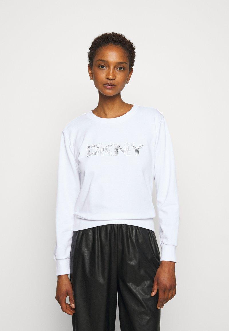 DKNY - DIAMANTE CROPPED LOGO - Sweatshirt - ivory