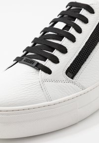 Antony Morato - ZIPPER - Trainers - white - 5