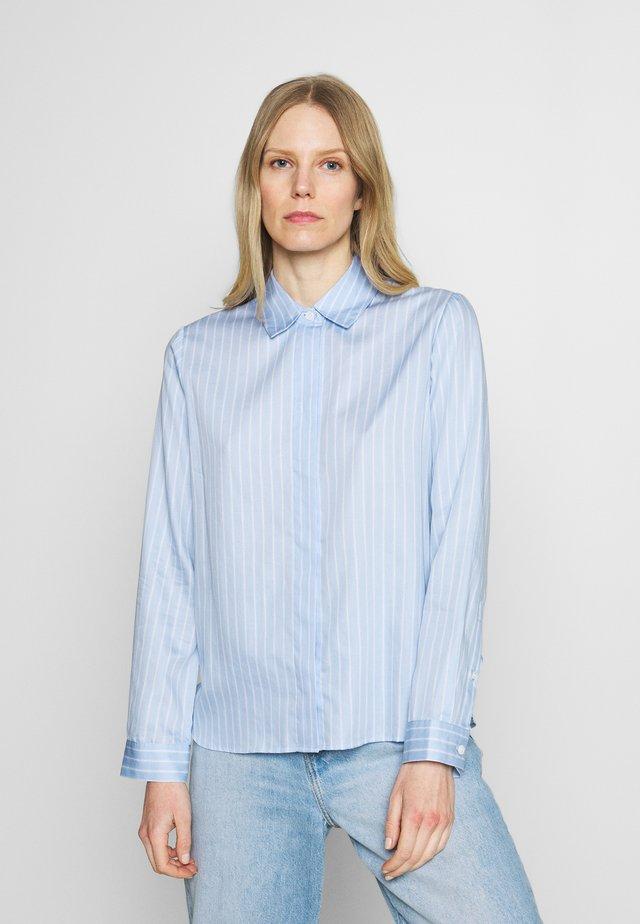 Skjorte - hellblau