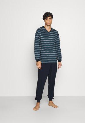 V NECK - Pyjamas - green medium