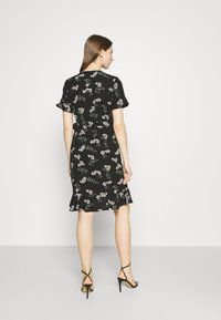 Vero Moda - VMSAGA WRAP FRILL DRESS  - Vestido informal - black - 2