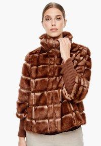 s.Oliver BLACK LABEL - Winterjacke - fake fur - 0