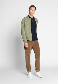 TOM TAILOR - BASIC WITH CONTRAST - Polo shirt - sky captain blue - 1