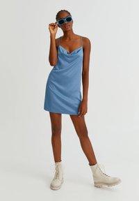 PULL&BEAR - Robe de soirée - blue grey - 1