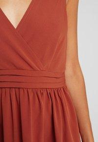 Vila - VIBIBBI WAIST DETAIL DRESS - Robe d'été - arabian spice - 6