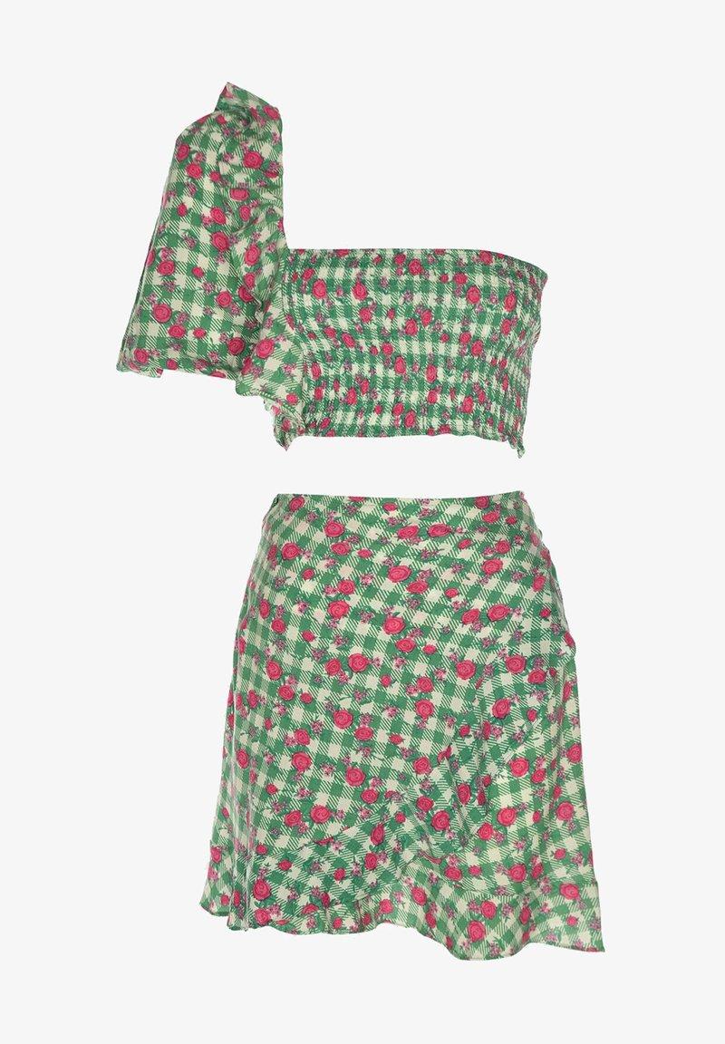 Trendyol - SET - Mini skirt - green