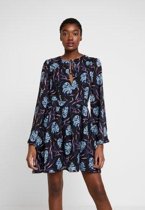 SISTER RAY MINI DRESS - Day dress - dark base