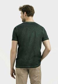 camel active - Print T-shirt - leaf green - 2