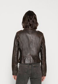 Freaky Nation - BESTIE - Leather jacket - antique brown - 2