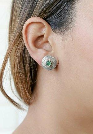 SHIELD  - Korvakorut - green