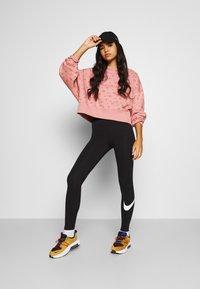 Nike Sportswear - CREW - Sweatshirt - rust pink/canyon rust - 1