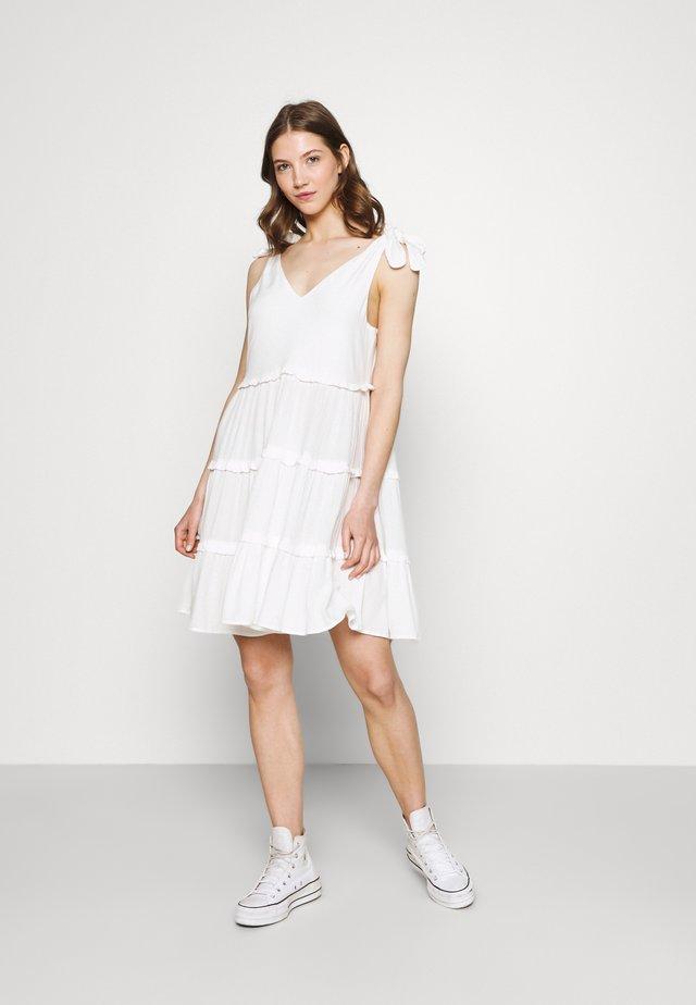VIMESA TIE SHORT DRESS - Denní šaty - snow white